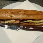 Bocadillo de lomo, queso y bacon2